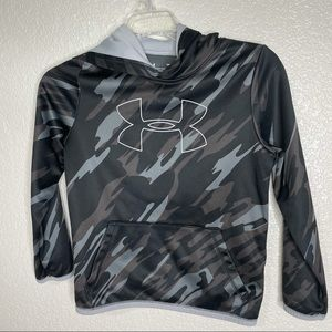 Under Armor camo pull over